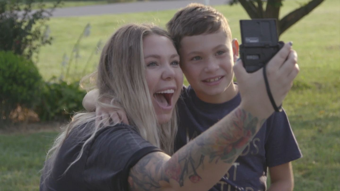 First Look: The Teen Mom 2 Cast Members Are Fighting For Their Futures