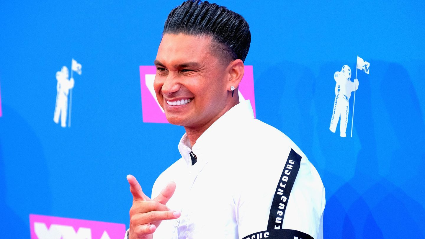 Pauly D Just Became The Unofficial Tooth Fairy