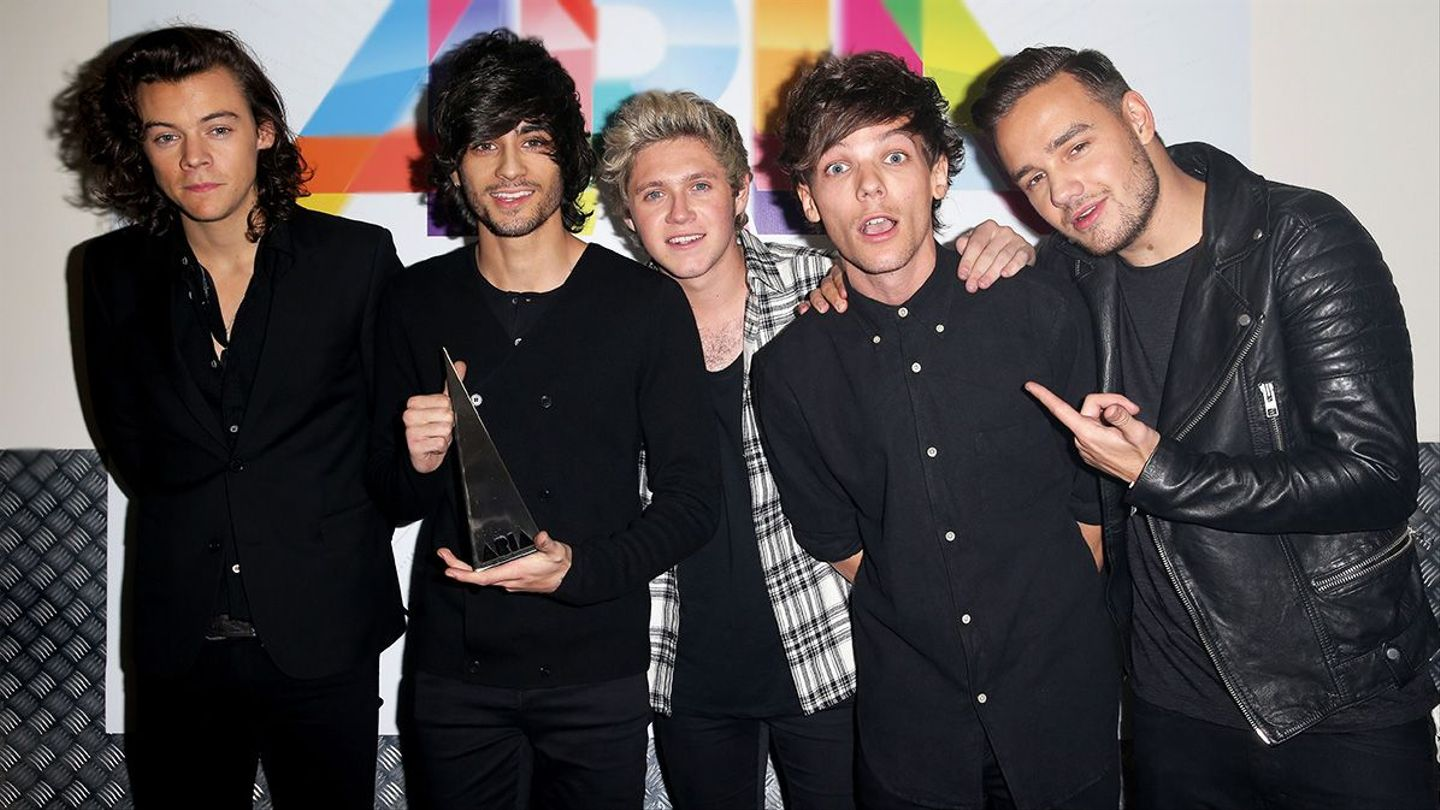 See What One Direction Looks Like Wearing Their New Makeup Collection