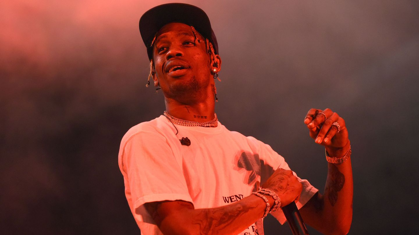 Here's Why Travis Scott Ended Up On The Super Bowl Halftime Show With Maroon 5