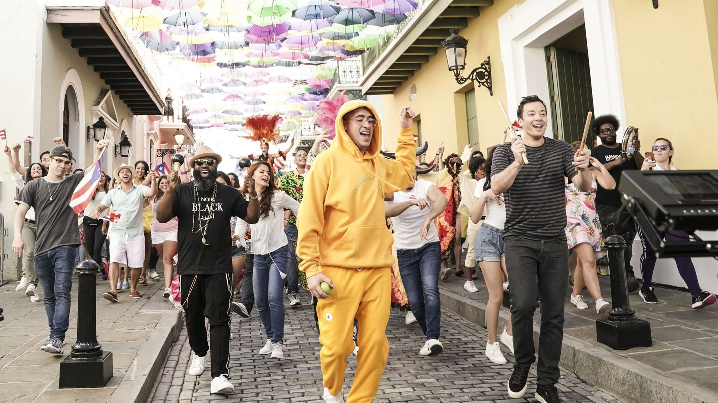 Bad Bunny's Latest 'Mía' Performance Was A Celebratory Street Parade In Puerto Rico