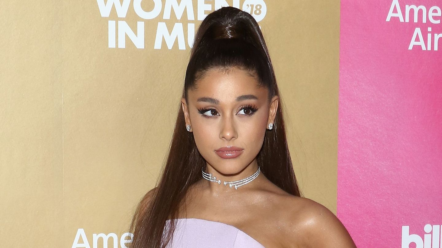 Ariana Grande Defends Her Decision To Walk Away From The Grammys