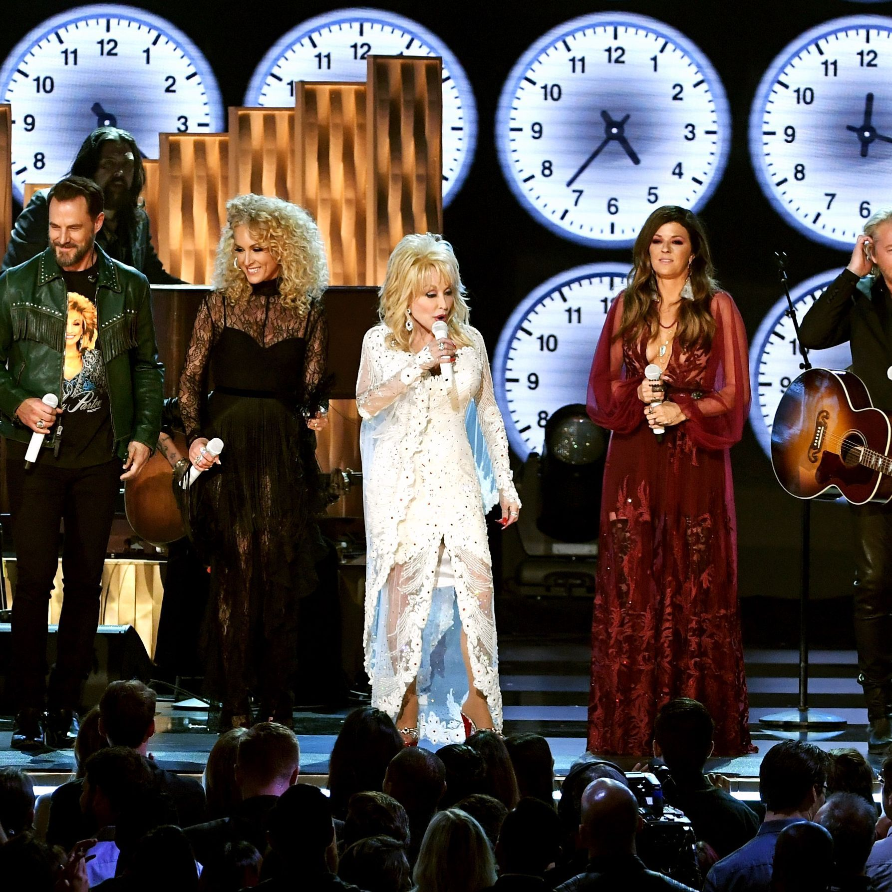 Dolly Parton Slayed Her Own Grammys Tribute With Miley Cyrus Katy Perry And More Mtv