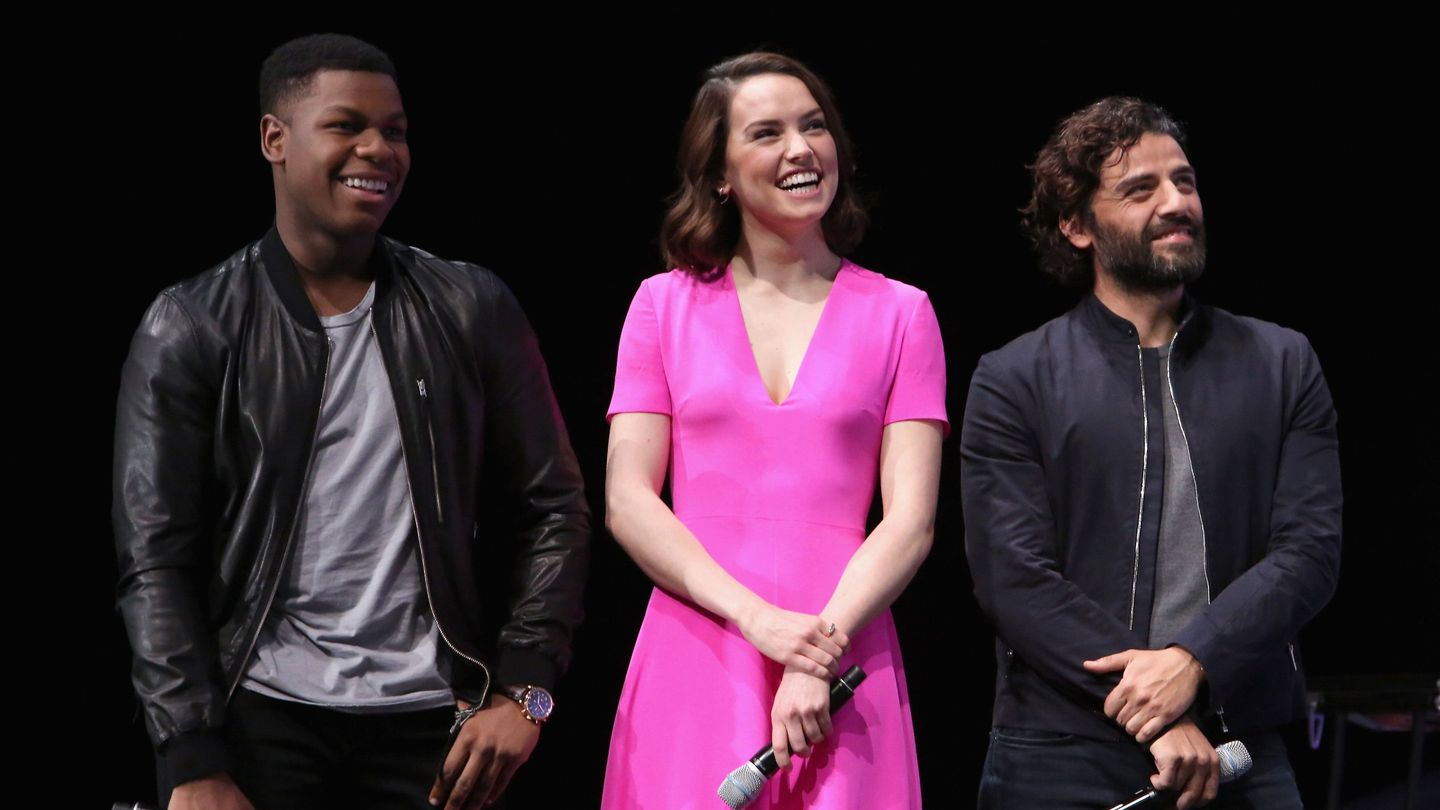 Star Wars: Episode IX Director Announces End Of Filming With Emotional On-Set Photo