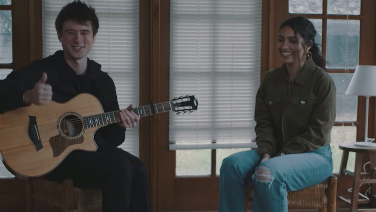 Alessia Cara And Alec Benjamin's Acoustic 'Let Me Down Slowly' Duet Is Beautifully Simple