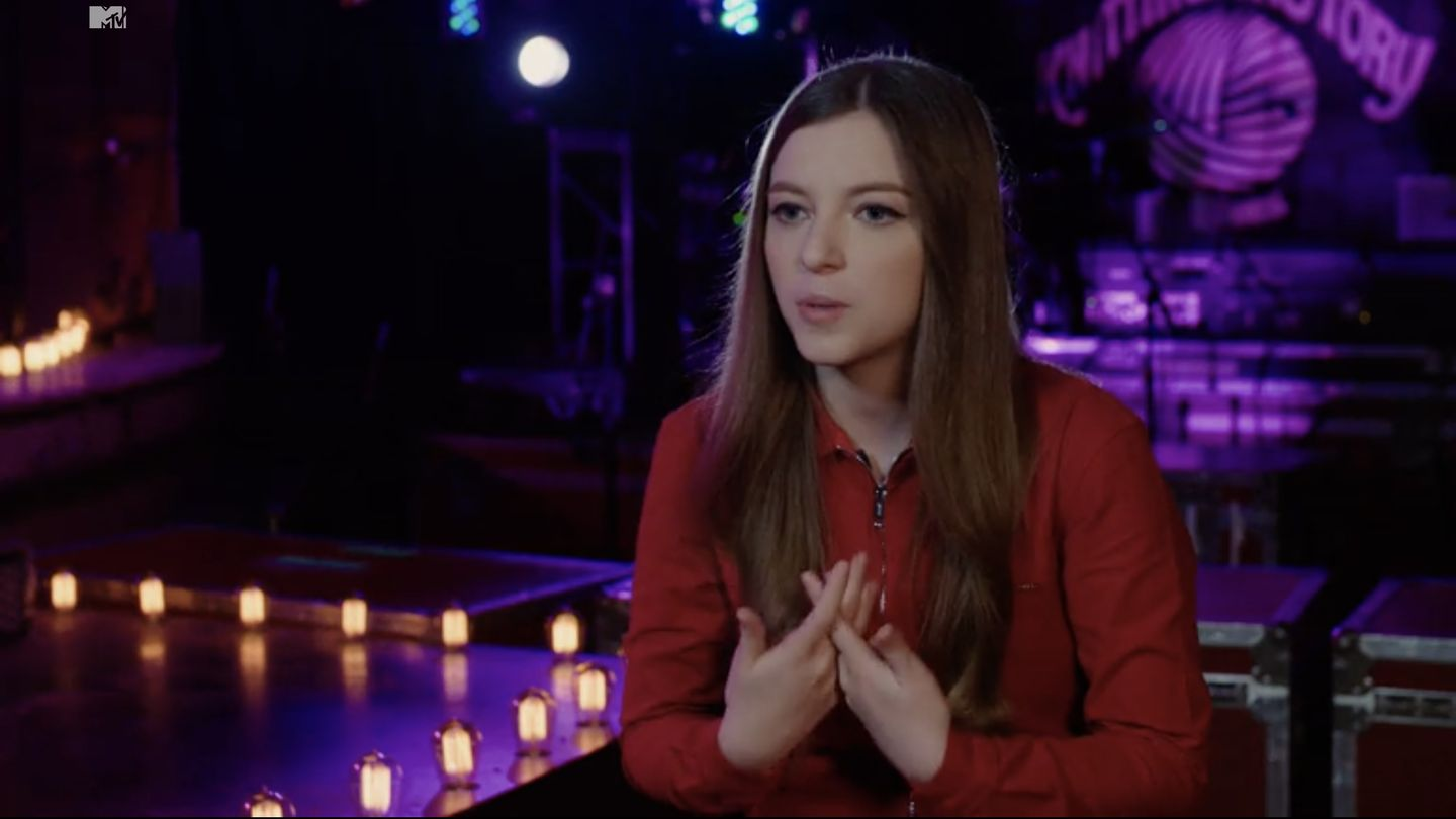 Meet Jade Bird, The 21-Year-Old With A Voice Like A Turbine Engine