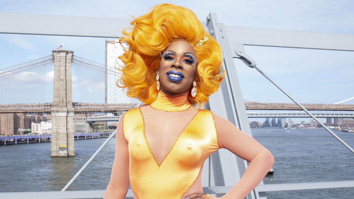 'RuPaul's Drag Race' Interview: Honey Davenport on How She Went From Being Homeless to Working the Runway