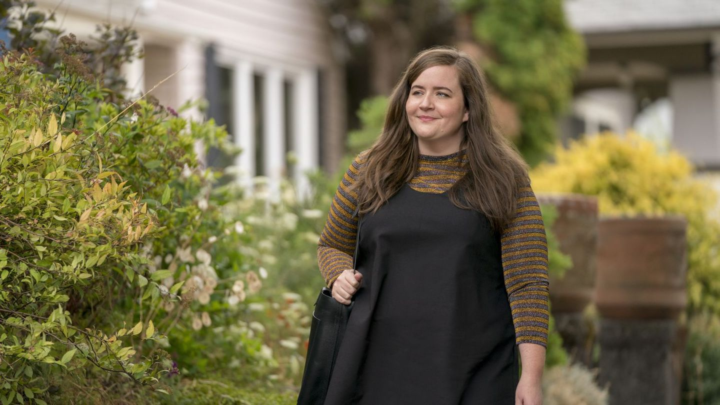 Shrill's Annie Shouldn't Be 'Sorry' For Simply Existing — And Neither Should You