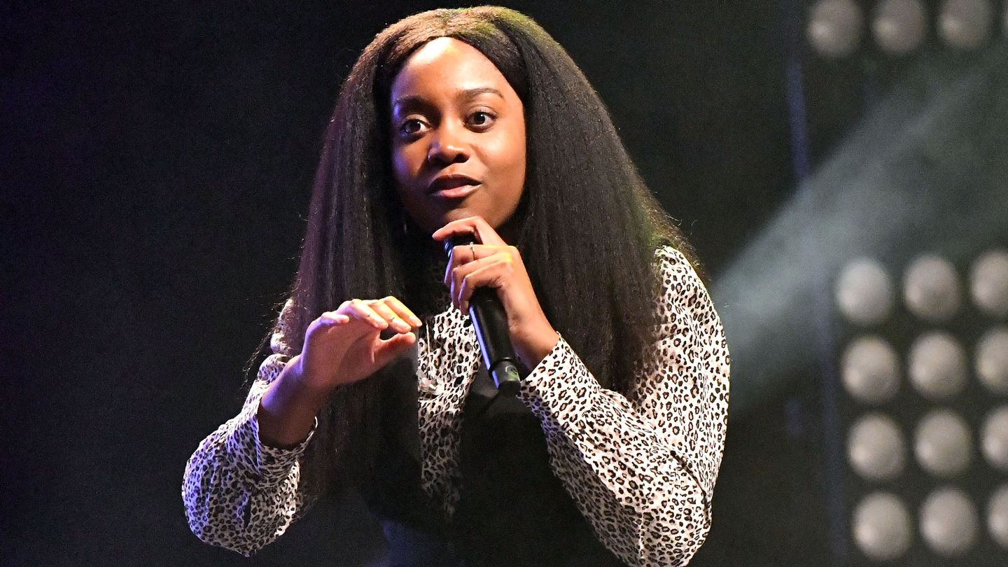 Noname Casts A Jazzy Spell Onto Perplexing 'Song 32'