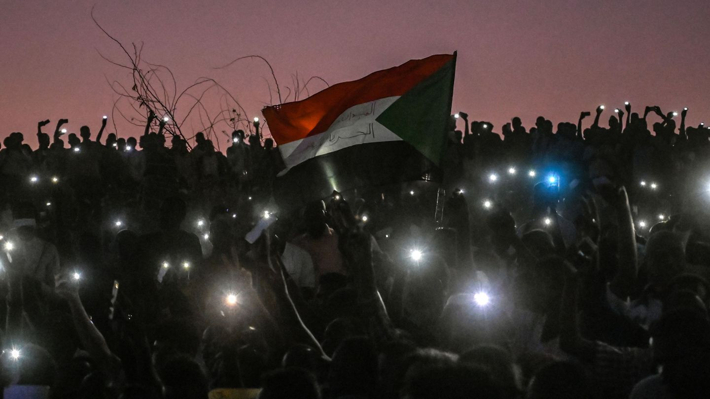The Sudanese Revolution Has Made Me Both Heartbroken And Hopeful