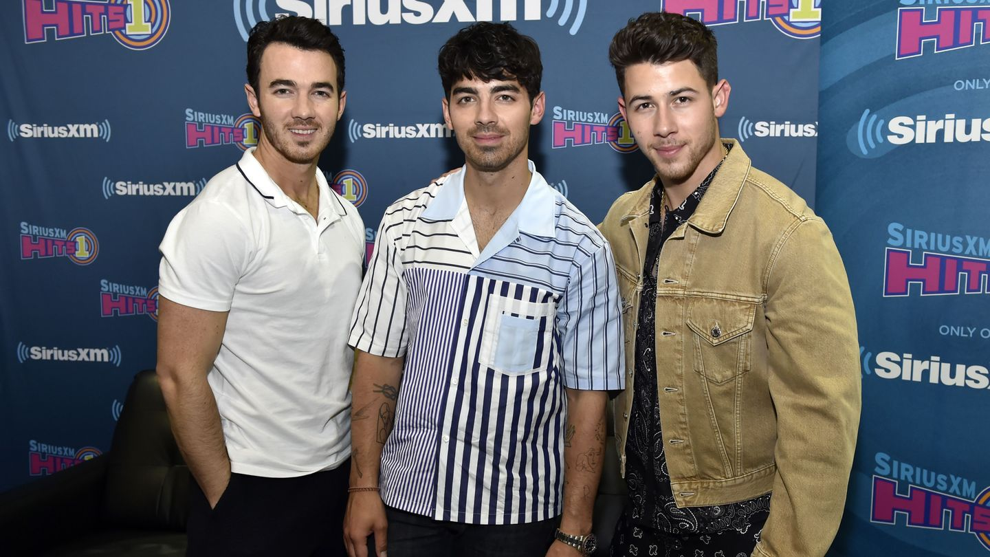 Get Happy: The Jonas Brothers Are Going On Tour Once Again