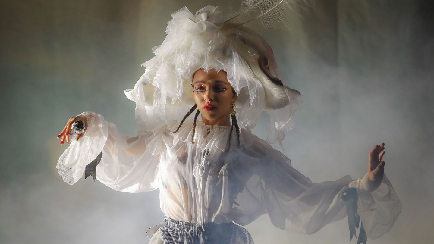 FKA twigs's Heartbreak Takes the Stage at Stunning Magdalene Performance