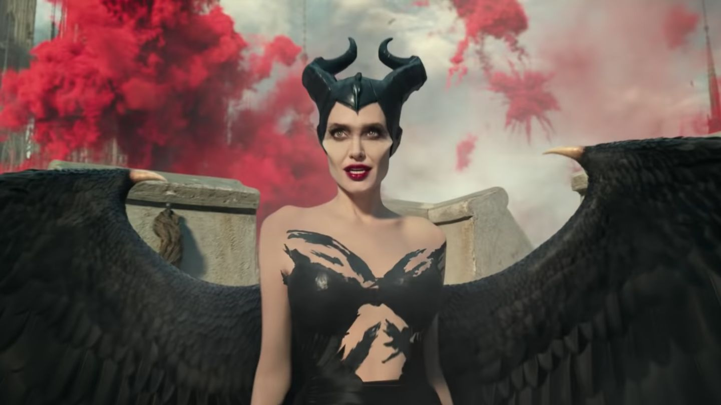 Angelina Jolie Is Back To Slay Us All In Maleficent: Mistress Of Evil
