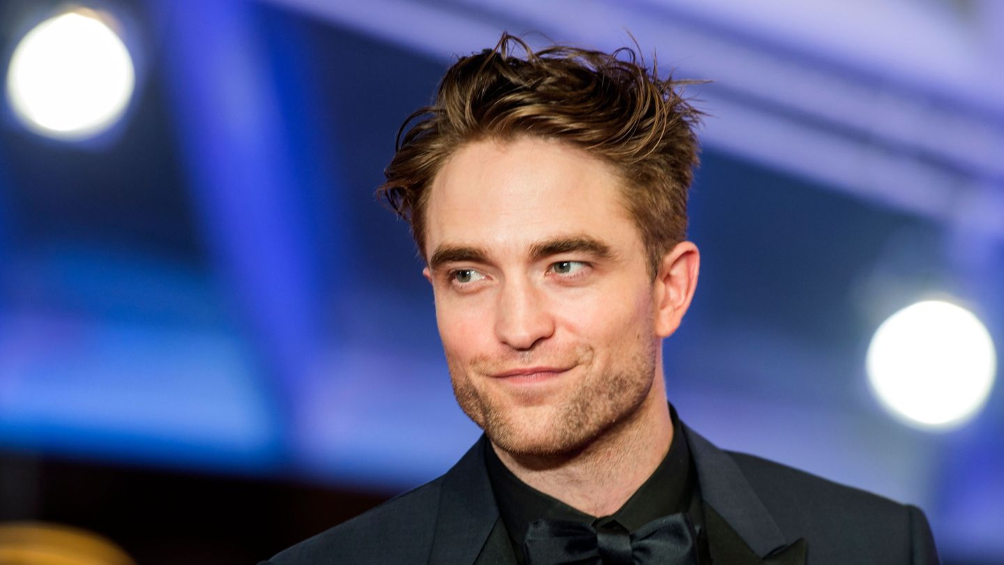 Robert Pattinson Is In Talks To Suit Up As Next Batman