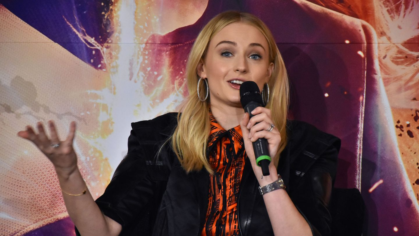 Sophie Turner Calls Game Of Thrones Fan Petition 'Disrespectful'