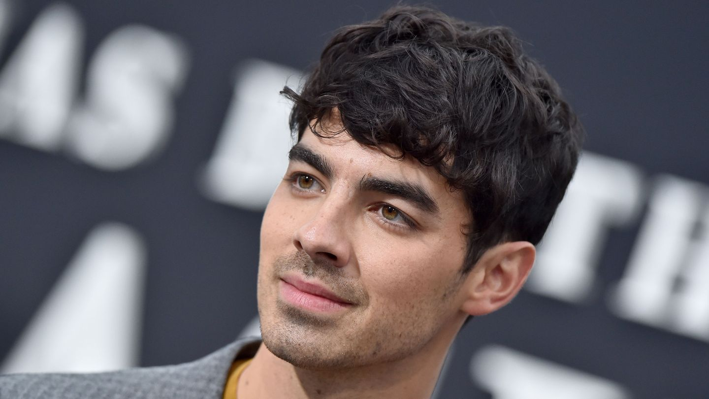 Joe Jonas Says It 'Feels Nice' To Hear Taylor Swift Apologize For Her 2008 Breakup Call-Out