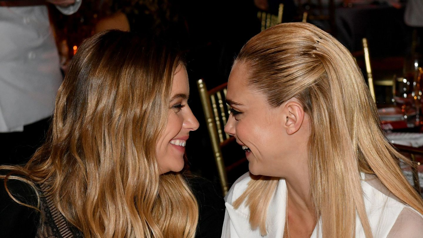 Cara Delevingne Confirms Relationship With Ashley Benson: 'I Love You, Sprinkles'
