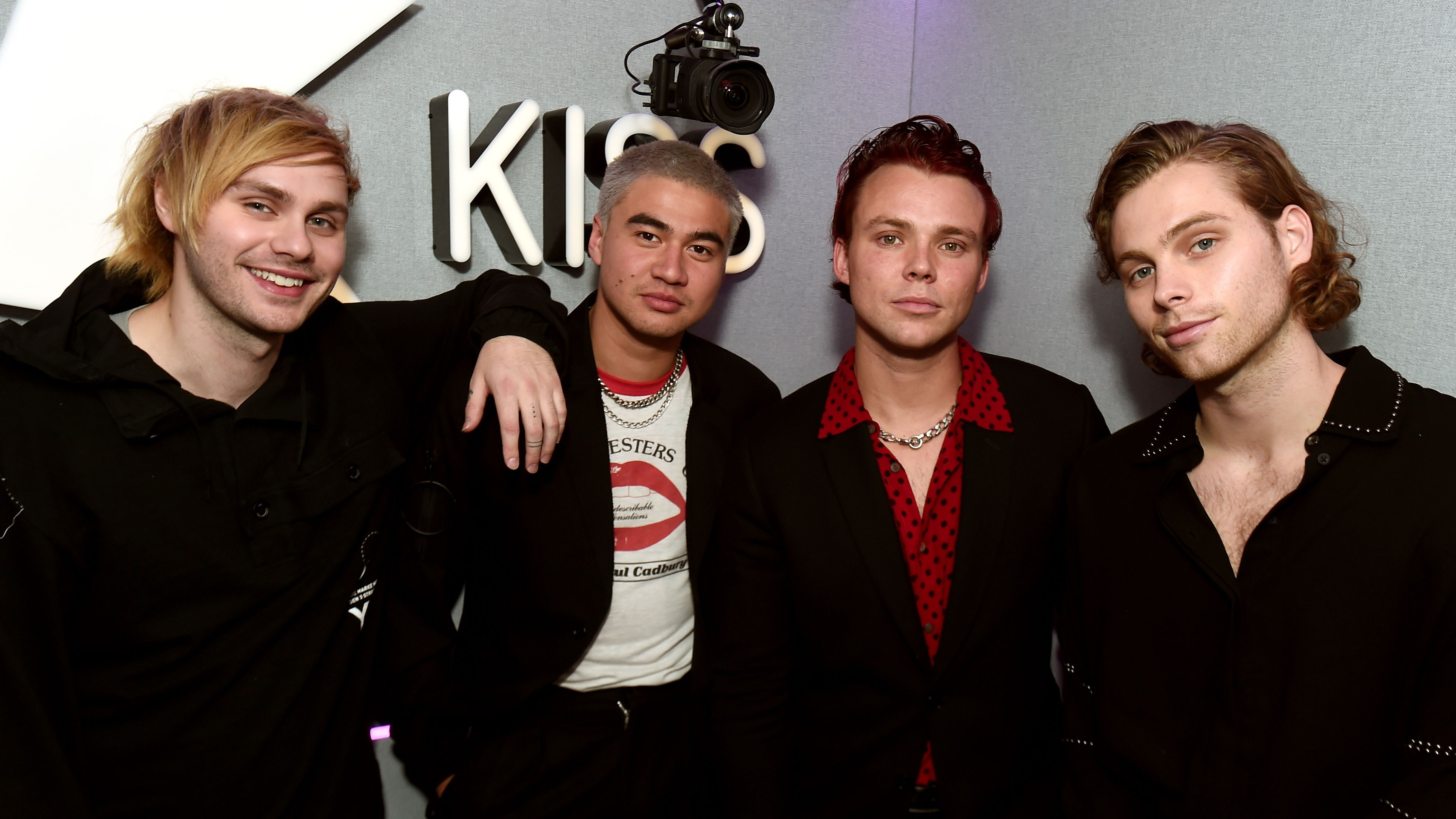 5SOS Gave Their 'Dancing With A Stranger' Cover A Sneaky Surprise