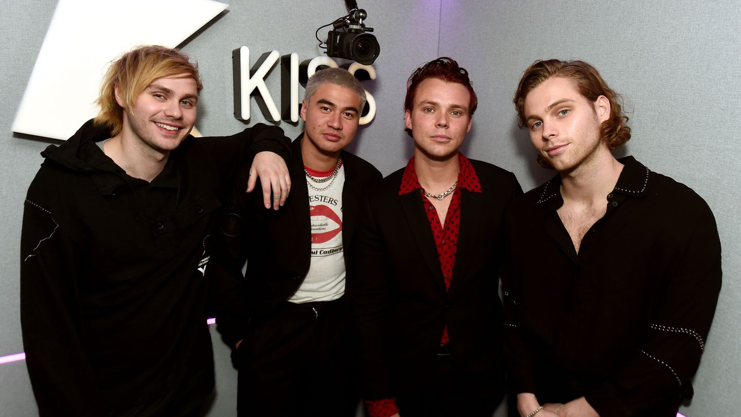 5sos Gave Their 'dancing With A Stranger' Cover A Sneaky Surprise Ending