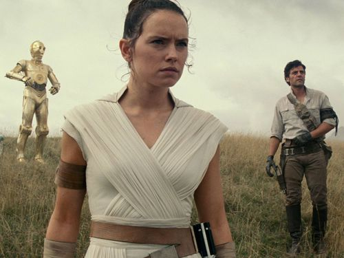 Daisy Ridley Teases Epic Lightsaber Duel Between Rey And Kylo Ren In Star Wars: The Rise Of Skywalker