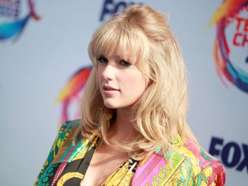 Taylor Swift Encourages Fan To Get Her 'Learn On' With Nearly $5K Toward Tuition