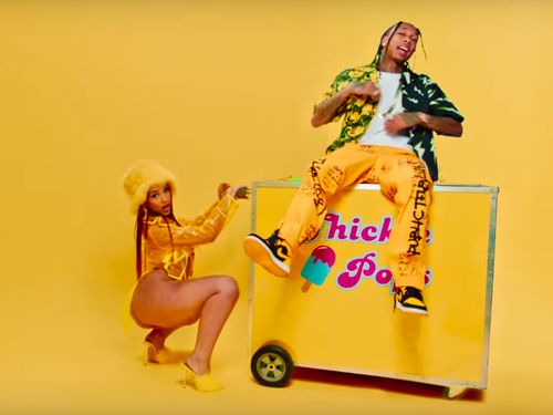 Doja Cat And Tyga Get Friendly With Fruits In Vegan-Friendly 'Juicy'