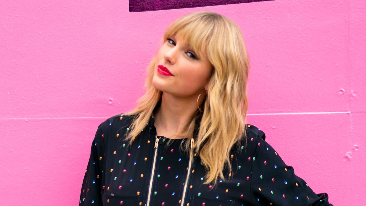 13 Things We Learned from Taylor Swift's Lover Diaries