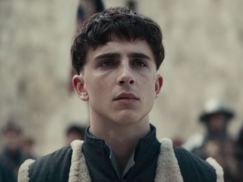You Should See Him In A Crown: Timotheé Chalamet Dazzles In First Look At The King