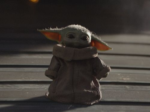 These Baby Yoda Fan Theories Could Unlock The Mystery Behind Star Wars' Cutest Creature