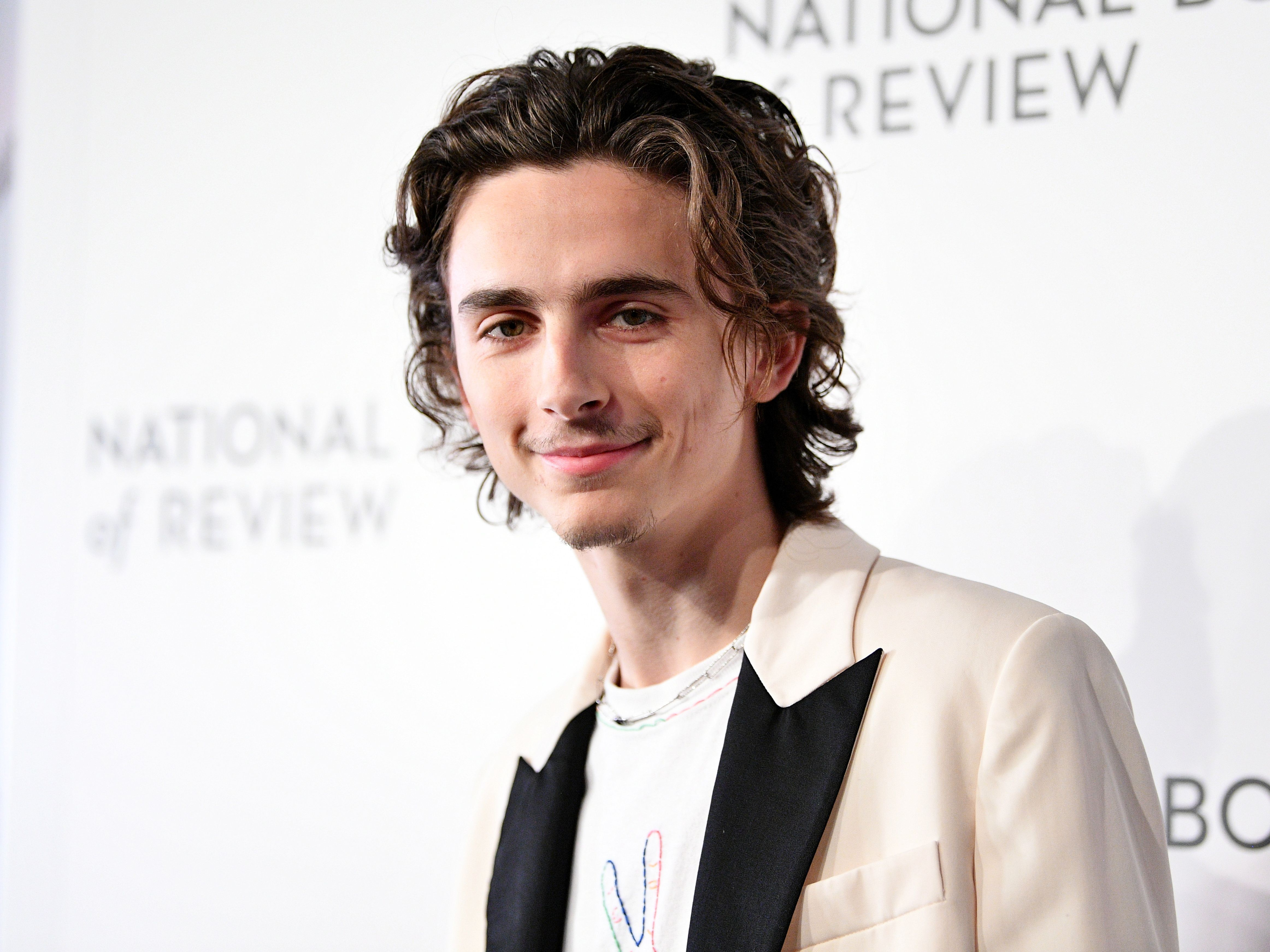 Timothee Chalamet S New Mustache Has Sparked A Hilarious Twitter Debate Mtv