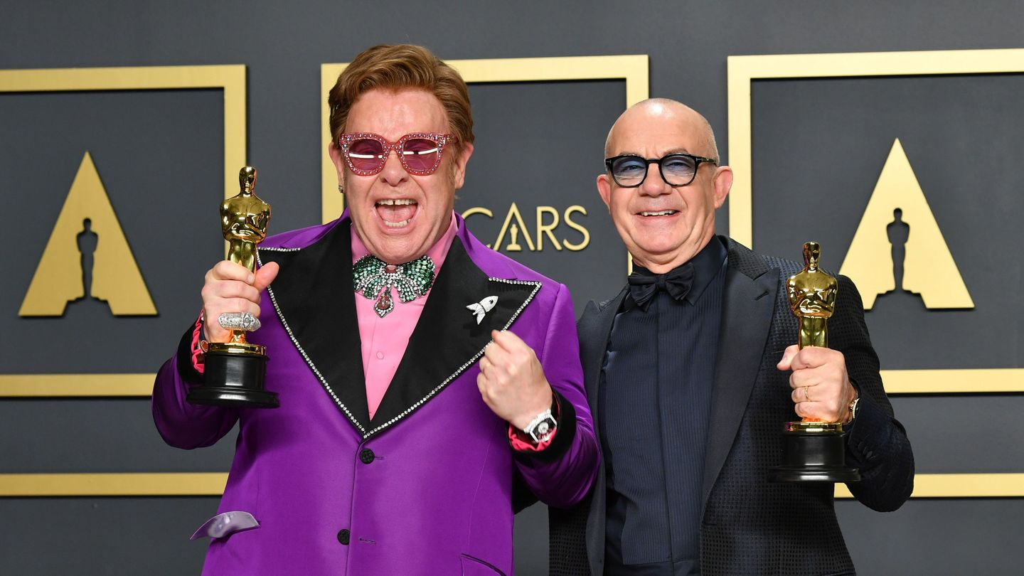At An Oscars Filled With Music, Elton John Wins Best Original Song