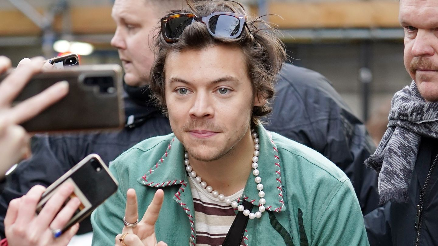 Harry Styles's New Joni Mitchell Cover Is An Eco-Conscious Anthem