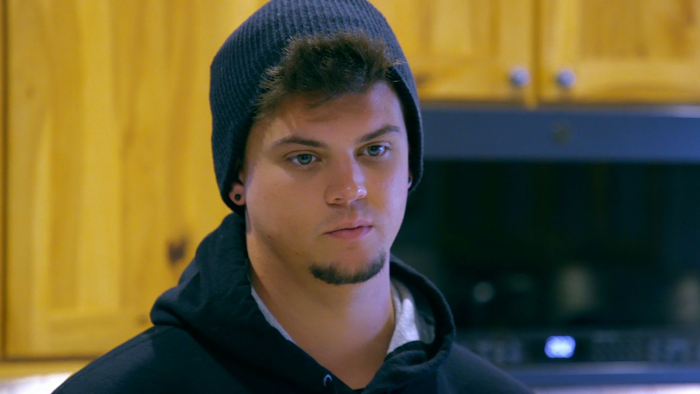 Why Teen Mom OG's Tyler Is Keeping His Distance From Carly's Parents thumbnail