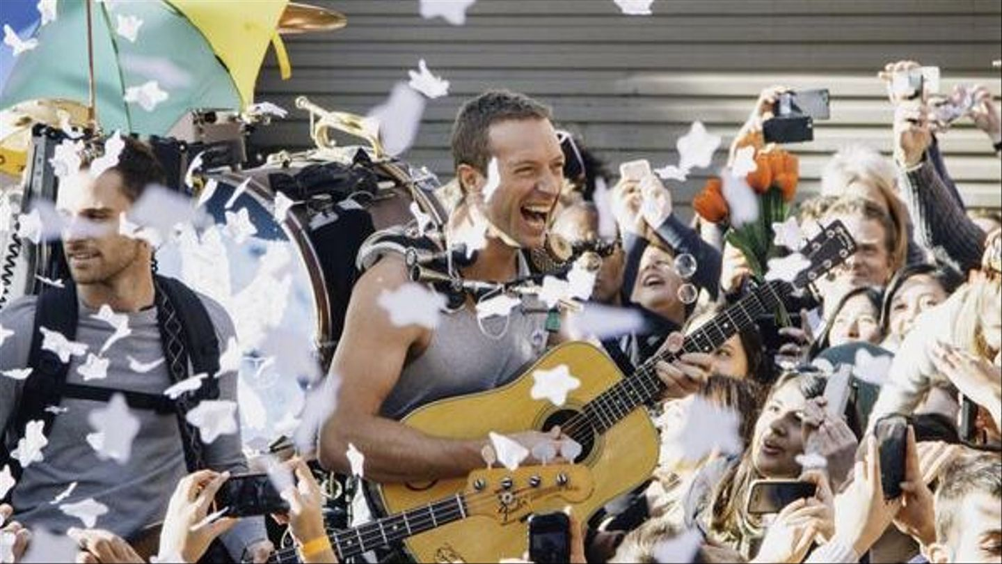 Chris Martin Is Full Of Smiles In New Coldplay Video: Watch