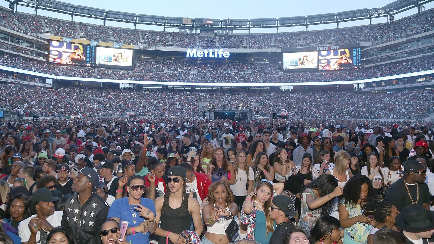 This First-Hand Account Of Hot 97 Summer Jam Melee Raises Questions About Police Tactics