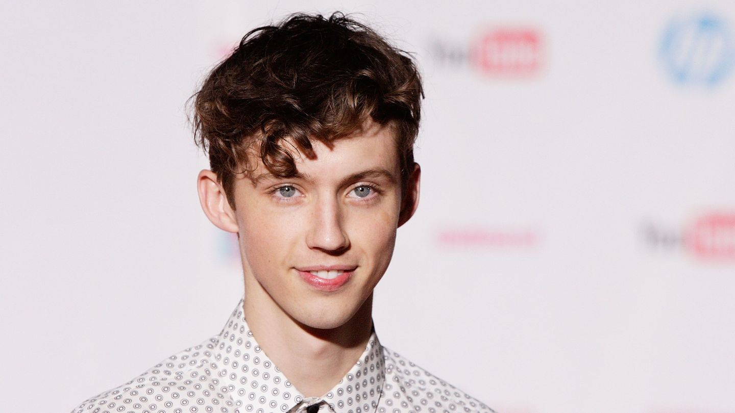 Troye Sivan Praises Fans And Talks About The 'Unnecessary Rules' For Releasing Music