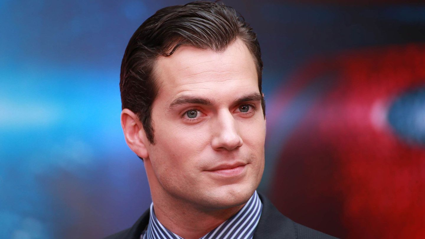 23 Times Henry Cavill's Eyebrows Were Totally Our Kryptonite