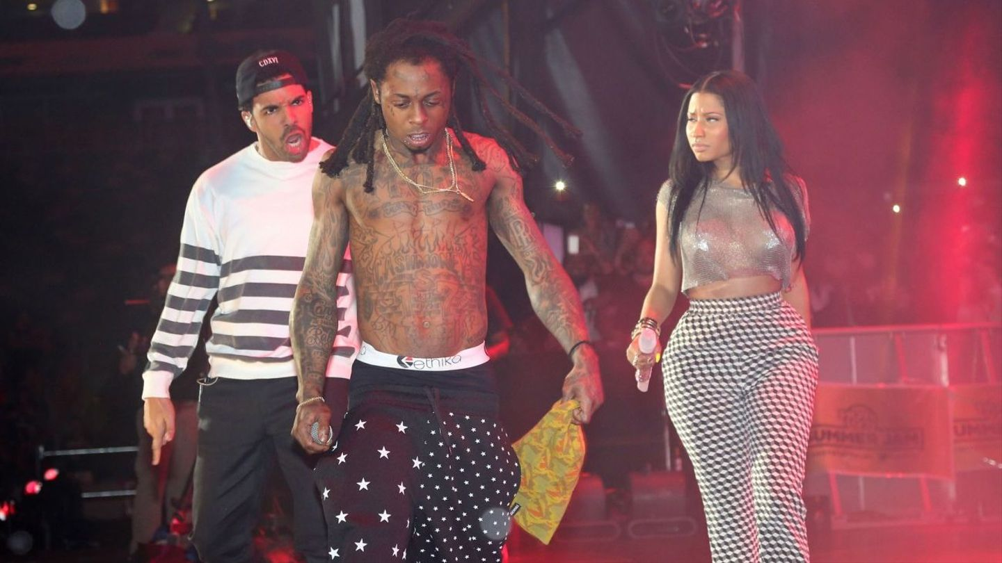 14 times the sexual tension between lil wayne nicki minaj and drake 14 times the sexual tension between lil wayne nicki minaj and drake was too much to handle mtv m4hsunfo