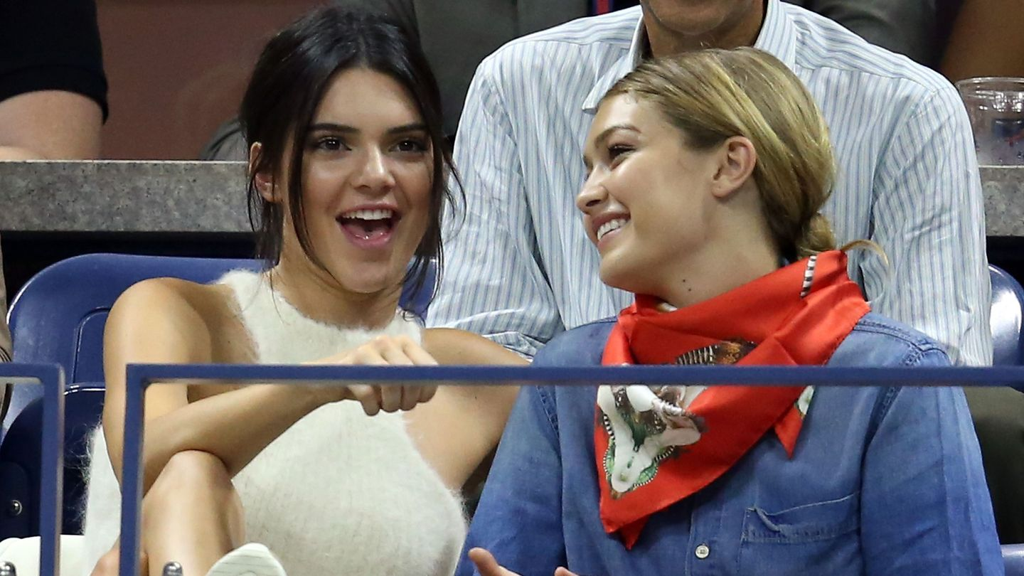 The 13 Stages Of Being At The U.S. Open, As Told By Kendall Jenner And Gigi Hadid