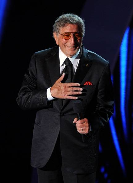 Tony Bennett pay tribute with his Amy Winehouse duet