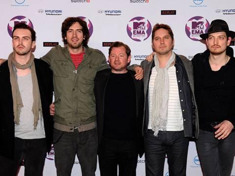 Snow Patrol arrive at the 2011 MTV EMA.