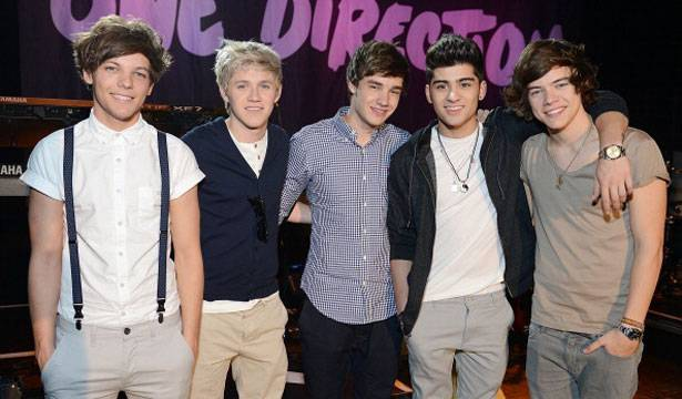 Singers Louis Tomlinson, Niall Horan, Liam Payne, Zayn Malik, and Harry Styles of One Direction backstage at One Direction Live At The El Rey Theatre Presented on April 1, 2012 in Los Angeles, California.