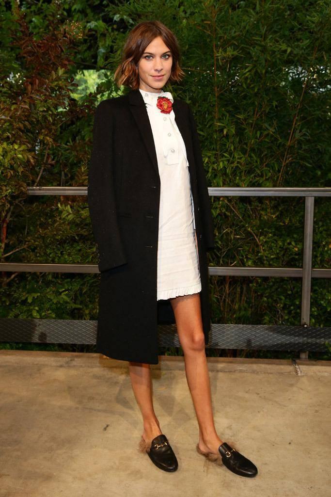 alexa-chung-front-row-gucci-milan-fashion-week1.jpg