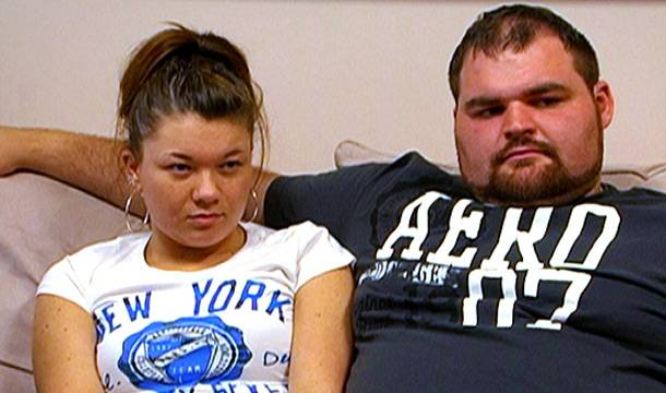 Amber and Gary attend therapy.