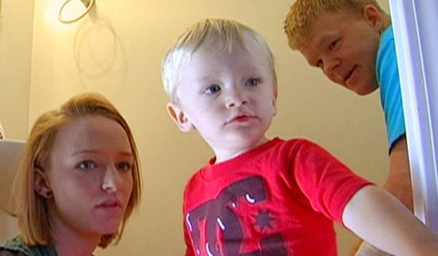 Maci and Kyle try to potty-train Bentley.