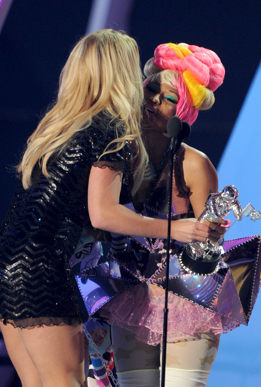 BEST POP VIDEO - Britney Spears 'Till the World Ends'