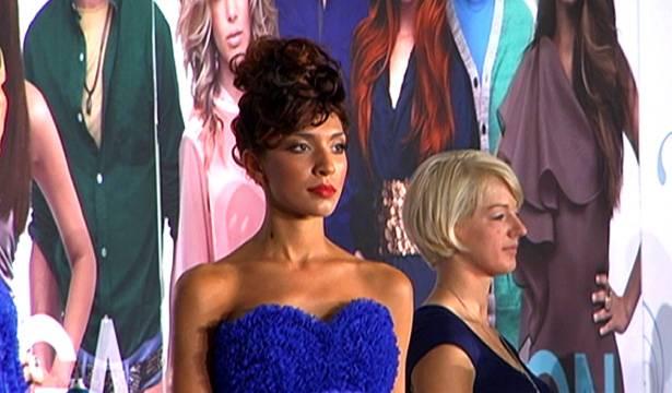Farrah models at a hair show.