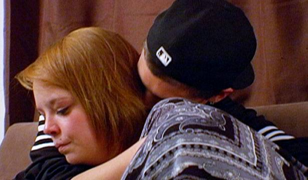 Tyler comforts Catelynn after an emotional phone call with her mom, April.