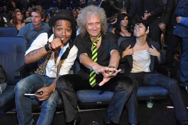 Backstage Moments : Brian May And Lady Gaga