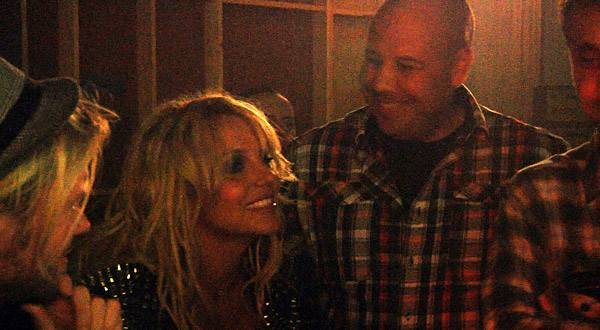 Britney watches footage with manager Adam Leber and video director Ray Kay.